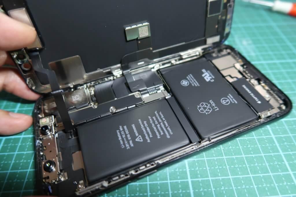 iPhone Xの分解