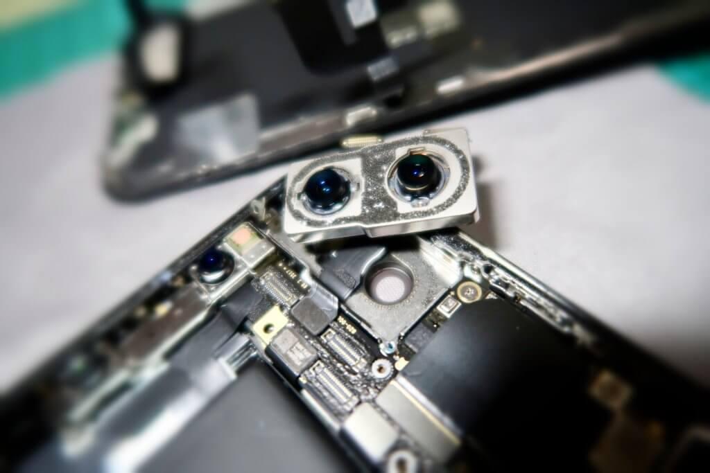 iPhone X リアカメラモジュール
