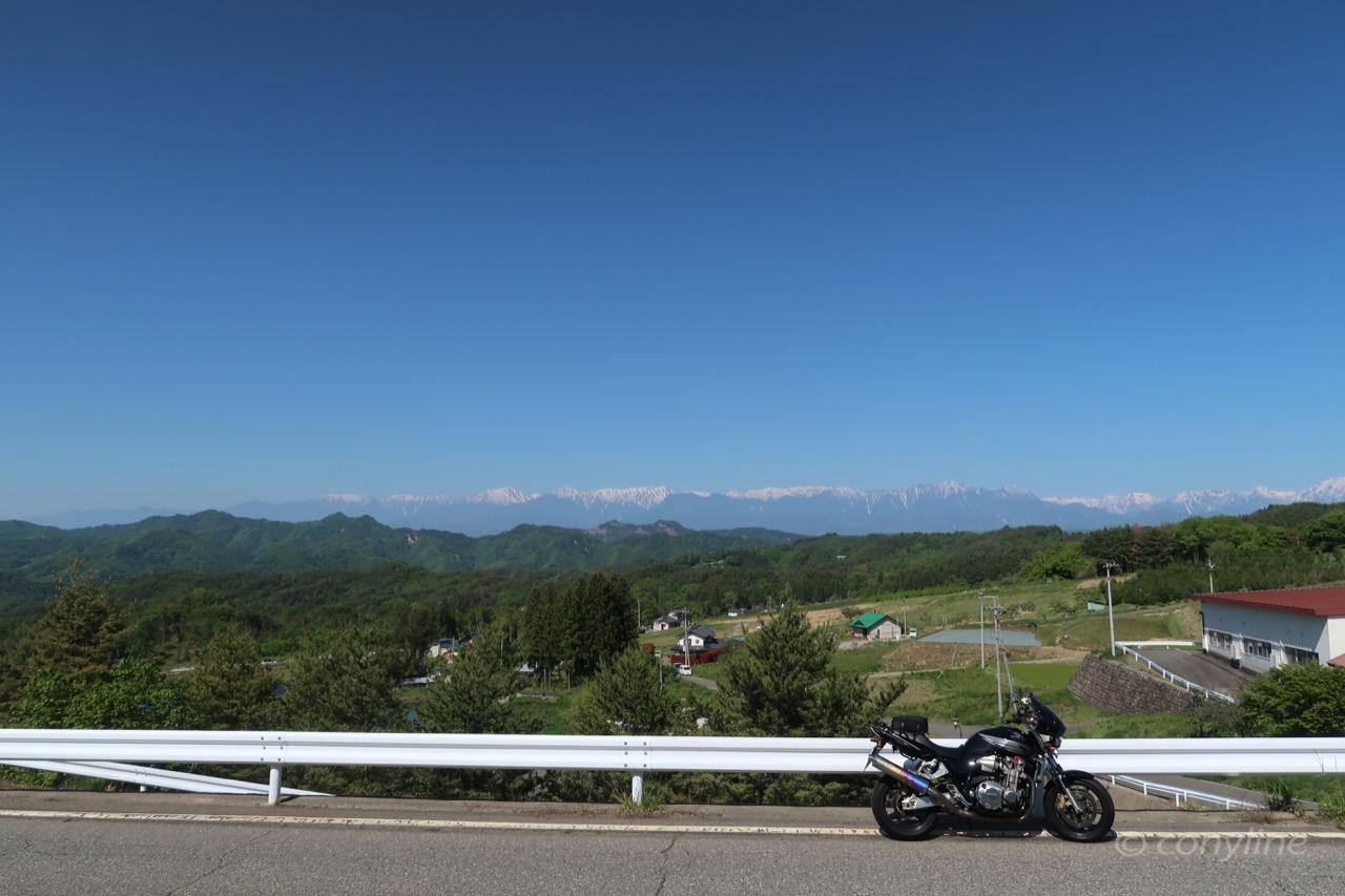 長野県道12号線からの北アルプス